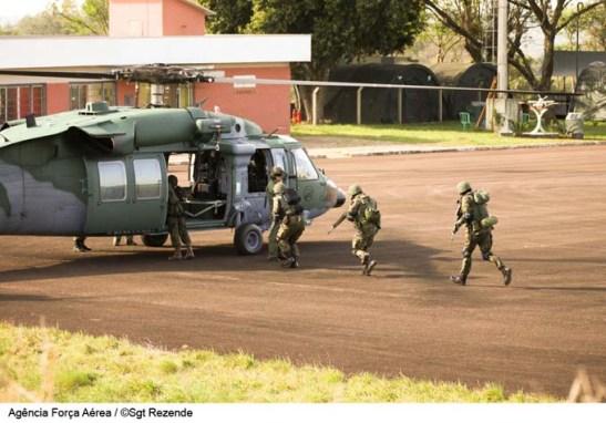 forca aerea brasileira helicoptero UH60 (01)