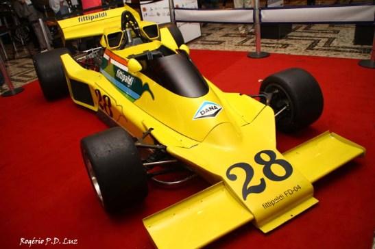 Fittipaldi FD-04 com pintura amarela