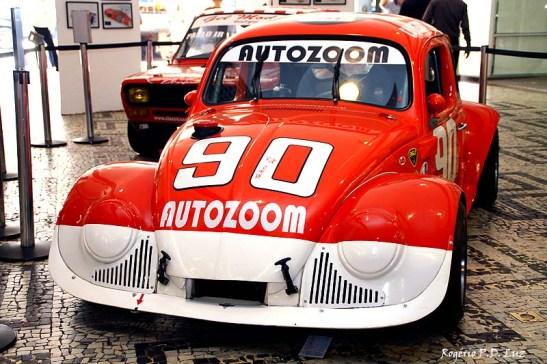 O Divisão 3 de Decanini e  Italo Adami, carro restaurado com referência ao modelo dos nos 70 que o Teleco corria na categoria.