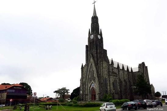 Acidade de Canela e a Catedral de Pedra
