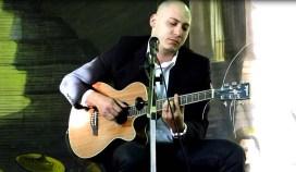 CMSP Brian Alexandre canta Macau 100.2