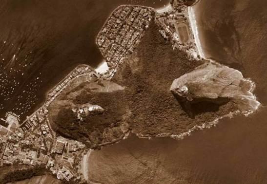 A escalada original foi pela Via do Costão, na parte de trás do Pão de Açúcar