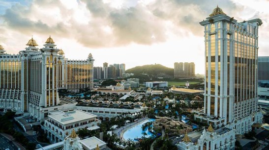 O complexo hotel-casino Galaxy (foto/photo by Julius Santos)