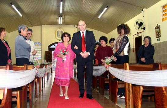 Casamento igreja Mariazinha e Chicoi 03