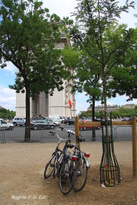 Paris - Arco de Triunfo 16