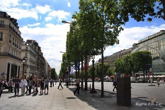 Avenida des Champs-Elysées
