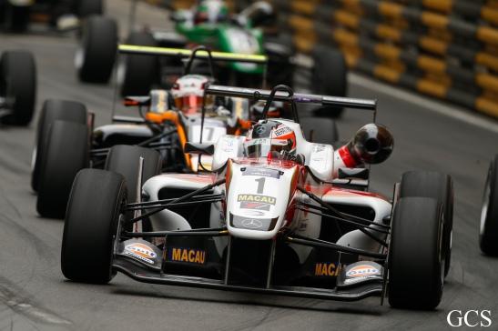 Macau GPM 2015 Fórmula 3 prova classificatória 11