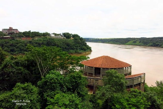 Marco 3 Fronteras Argentina Puerto Iguazu.26