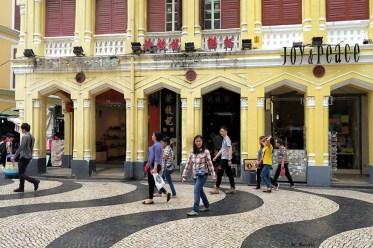 Estabelecimento de comidas Wong Chi Kei, muito procurado por turistas, chegando a estar filas de clientes à espera de uma mesa