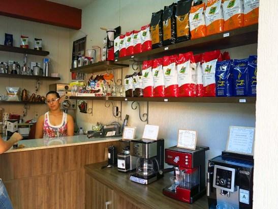 A loja de fábrica do Café Montanha onde muita gente fez compras.
