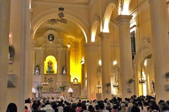 Igreja de São Domingos, início da procissão à Ermida da Penha (foto: M.V. Basílio)