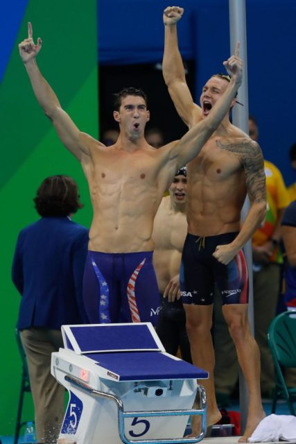 Rio de Janeiro - Estados Unidos vence o revezamento 4 x 100m nado livre nos Jogos Olímpicos Rio 2016, no Estádio Aquático. (Fernando Frazão/Agência Brasil)