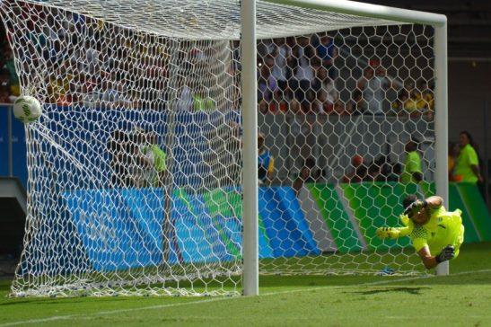 Brasília - Equipes masculinas do futebol olímpico da Argentina e Honduras jogam no Estádio Mané Garrincha (Gustavo Gomes/Agência Brasil)