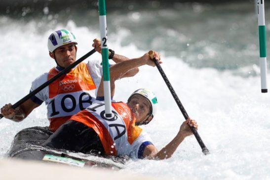 Rio de Janeiro - Dupla brasileira da canoagem slalom Charles Correa e Anderson Oliveira termina na semifinal da categoria C2 nos Jogos Olímpicos Rio 2016 , no X Park em Deodoro. (Fernando Frazão/Agência Brasil)