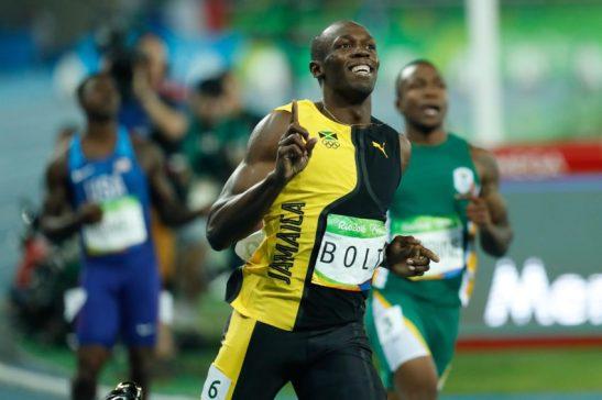Rio de Janeiro - O jamaicano Usain Bolt, garantiu o ouro e fez história ao conquistar pela terceira vez o título de homem mais rápido do mundo nos 100 metros rasos em uma Olimpíada (Fernando Frazão/Agência Brasil)