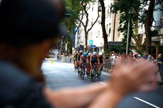 Rio de Janeiro - Competição de triatlo masculino nas ruas de Copacabana. ( Tânia Rêgo/Agência Brasil)