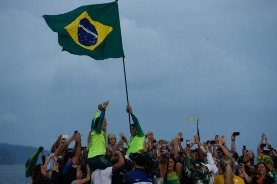 Rio de Janeiro - As brasileiras Martine Grael e Kahena Kunze conquistaram o ouro na classe 49er FX da vela dos Jogos Olímpicos Rio 2016, na regata final na Baía de Guanabara (Fernando Frazão/Agência Brasil)
