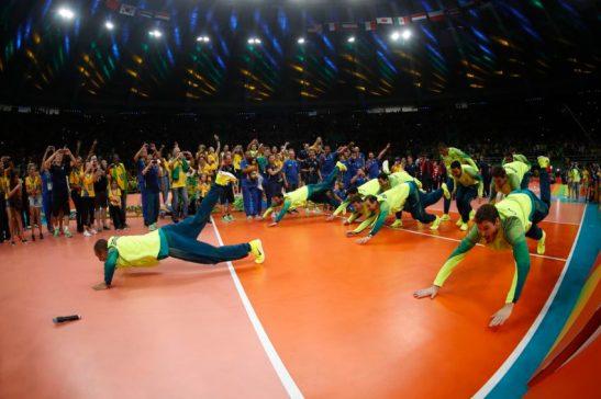 Rio de Janeiro - Seleção brasileira de vôlei ganha medalha de ouro ao vencer a Itália na final dos Jogos Olímpicos Rio 2016 no Maracanãzinho (Fernando Frazão/Agência Brasil)