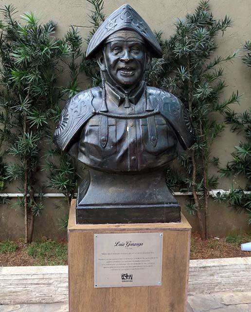 Busto de Luíz Gonzaga (famoo cantor nordestino)