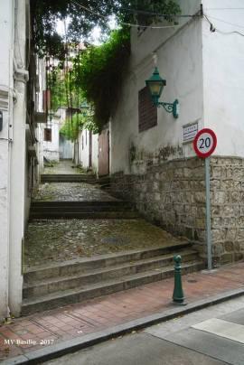 Calçada do Lilau, por onde se vai à nascente do Lilau. Foto M.V. Basílio