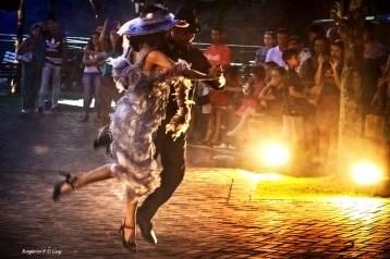 Marco das 3 Fronteiras no Brasil danca Argentina (07)