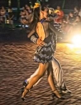 Marco das 3 Fronteiras no Brasil danca Brasil (09)