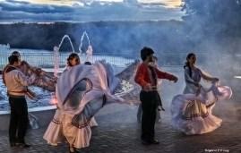 Marco das 3 Fronteiras no Brasil danca Paraguai (08)