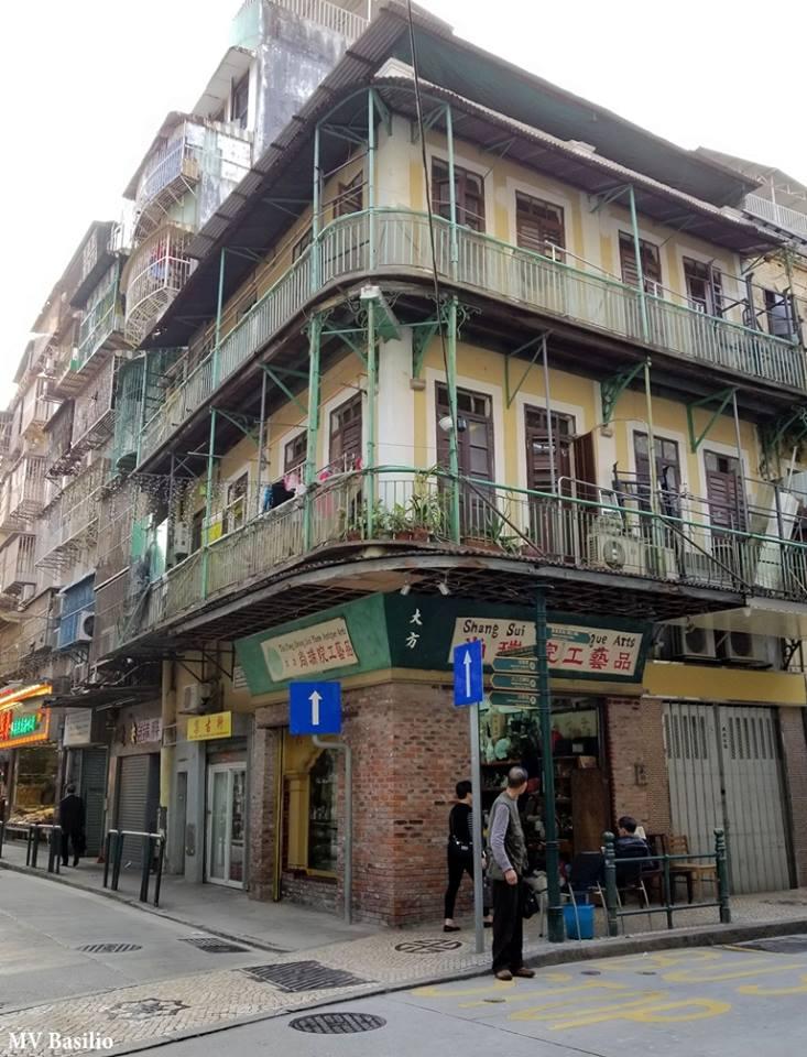 """Em """"Curiosidades de Vias Públicas de Macau"""", Manuel Basílio nos conta sobre a antiga Rua do Mastro"""