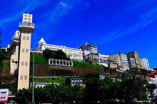 O Elevador Lacerda que liga a Cidade Baixa com a Cidade Alta